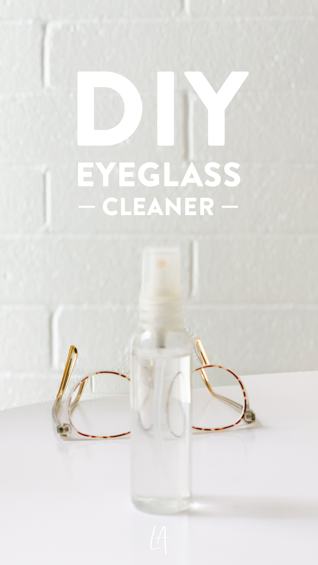 Make eyeglass cleaner at home