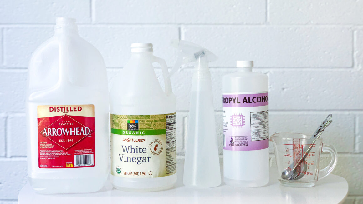 Make your own glass cleaner at home